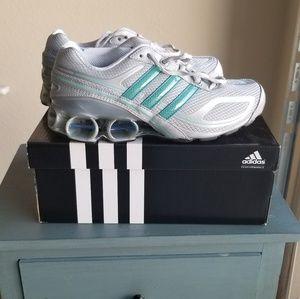 Adidas purebounce silver and blue sz 8.5 shoe